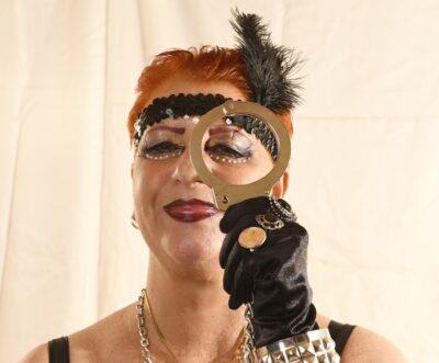 Onlineerziehung   Diva Salsarena   Domina Wien